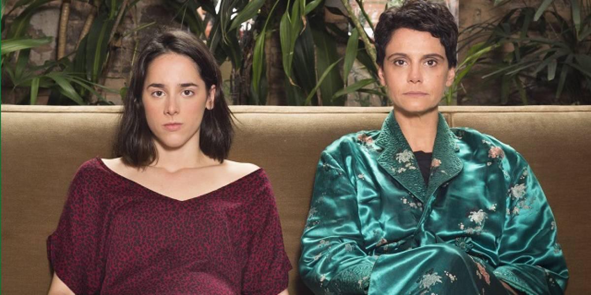 Roteiro de peça 'Marta, Rosa e João' muda de acordo com cartas do tarô