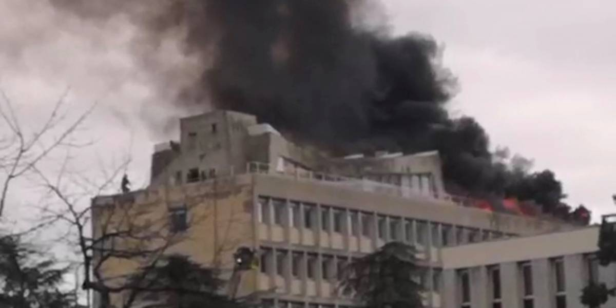 Prédio de universidade francesa explode e deixa três feridos; veja vídeo