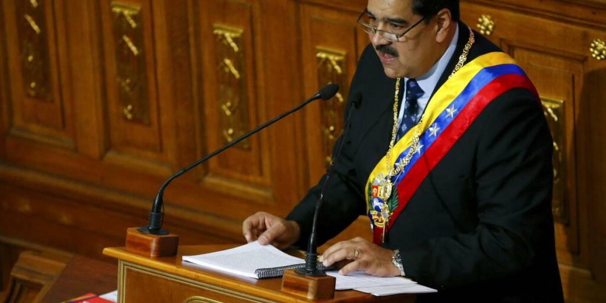 """""""Yo ya fui al futuro, volví, y vi que todo sale bien"""": Ahora Maduro es """"pitonisa"""""""