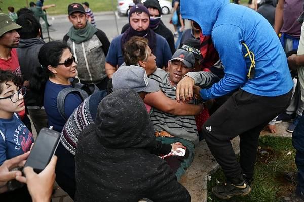 """Incidentes a pescadores durante movilización portuaria por la """"Guerra de la jibia"""""""