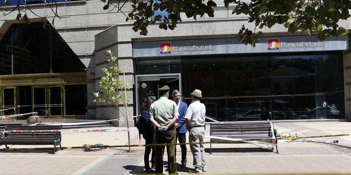 Cada vez más descarados: detenidos por asalto a BancoEstado usaron auto robado y tenían antecedentes