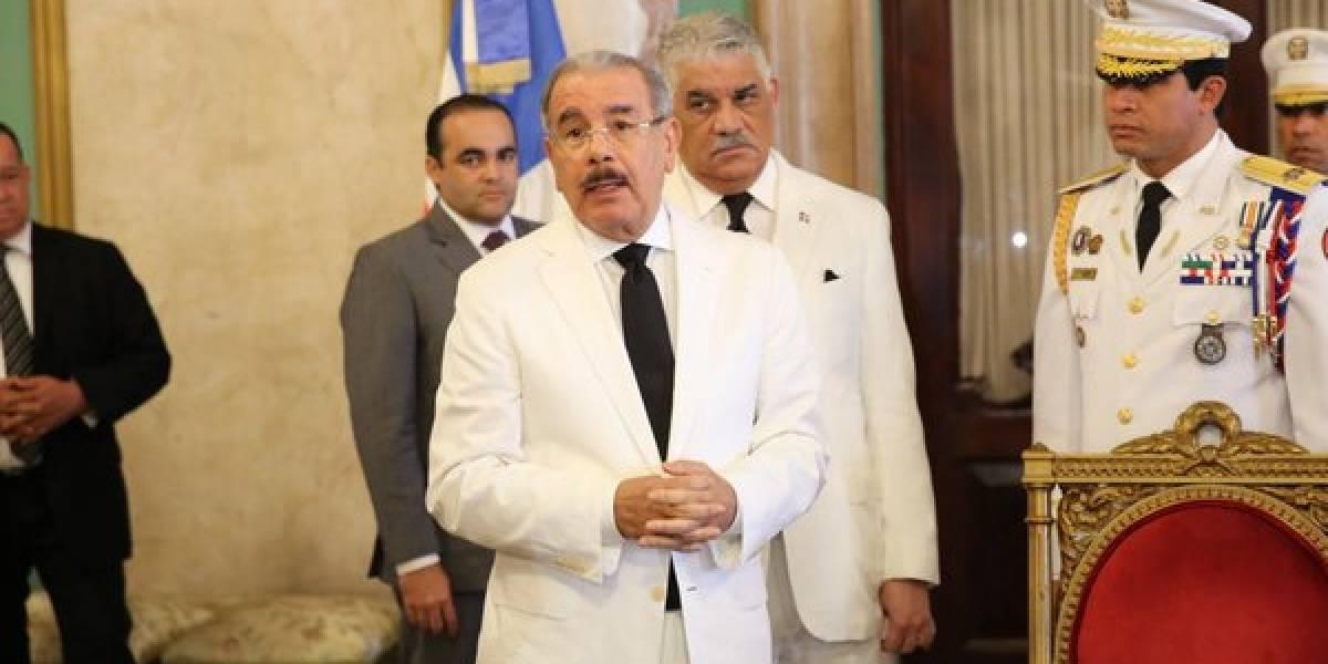 """Danilo reconoce hay personas de """"cuello blanco"""" ligadas al narco"""