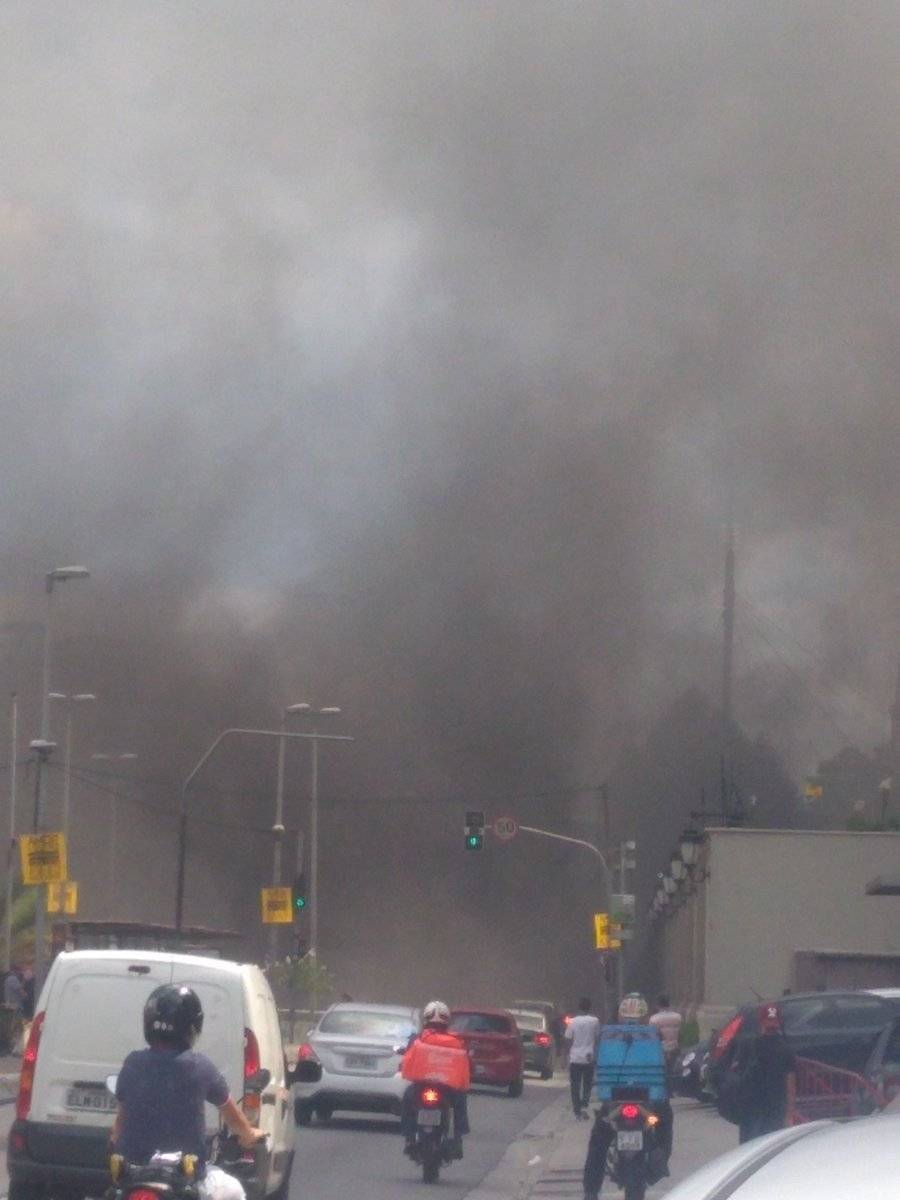 Incêndio carro Tunel Max Feffer Zona Sul São Paulo
