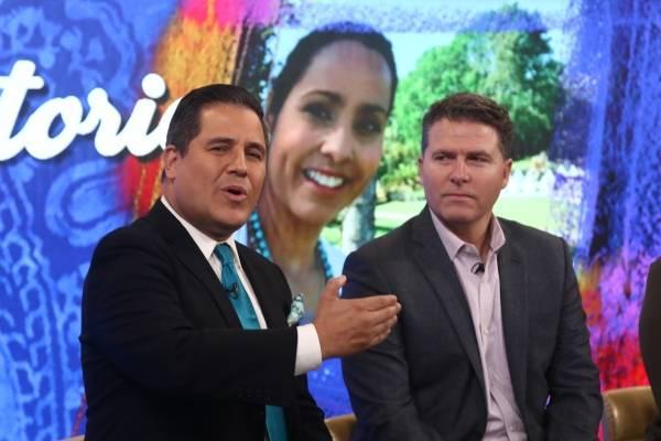 Normando Valentín y el presidente de WAPA TV, Javier Maynulet