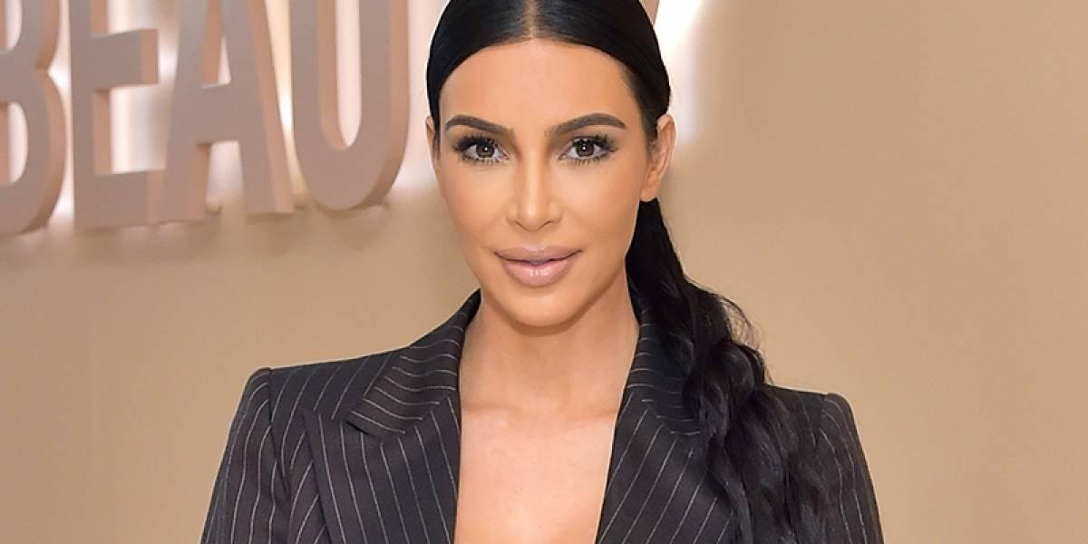 FOTO: Kim Kardashian asombra con su nuevo look en verde menta