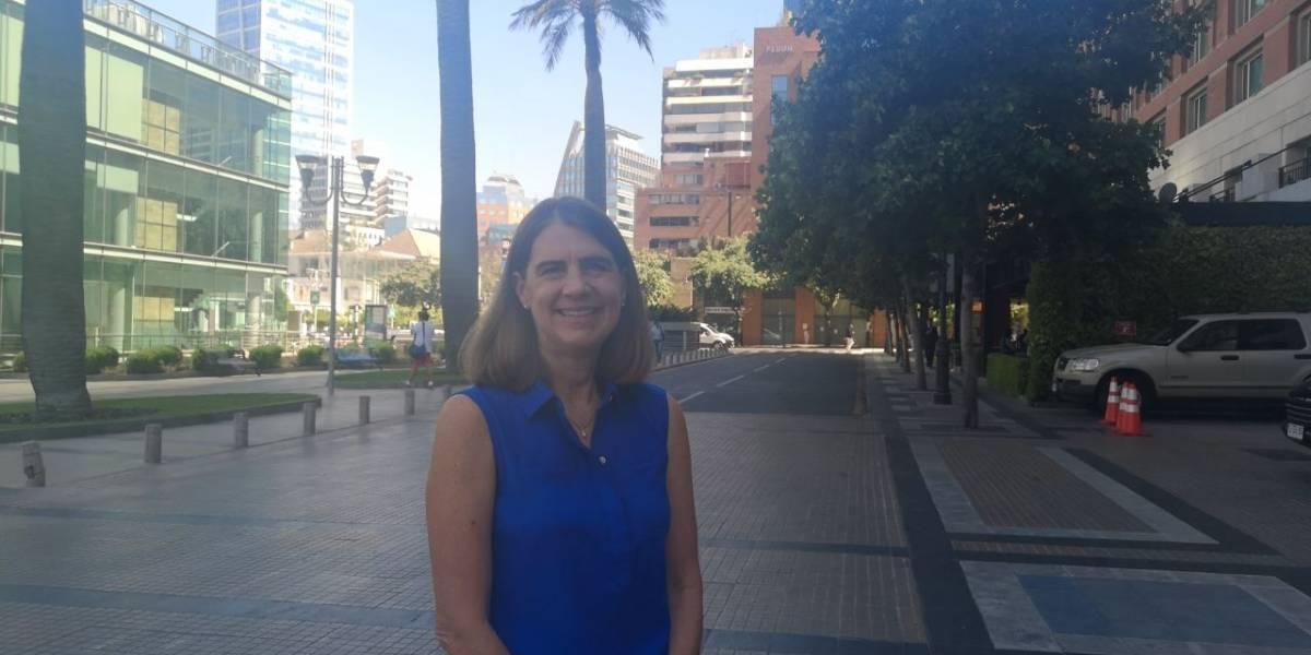 """Abby Daniell de Amazon: """"Tenemos muchas plazas abiertas en Chile para trabajos"""""""