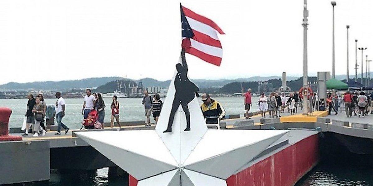 """Rinden homenaje a """"Hamilton"""" en la Bahía de San Juan"""