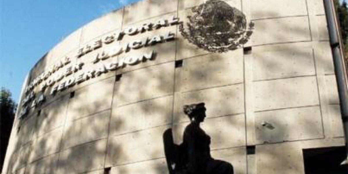 TEPJF rechaza iniciar revocación de mandato a Javier Corral