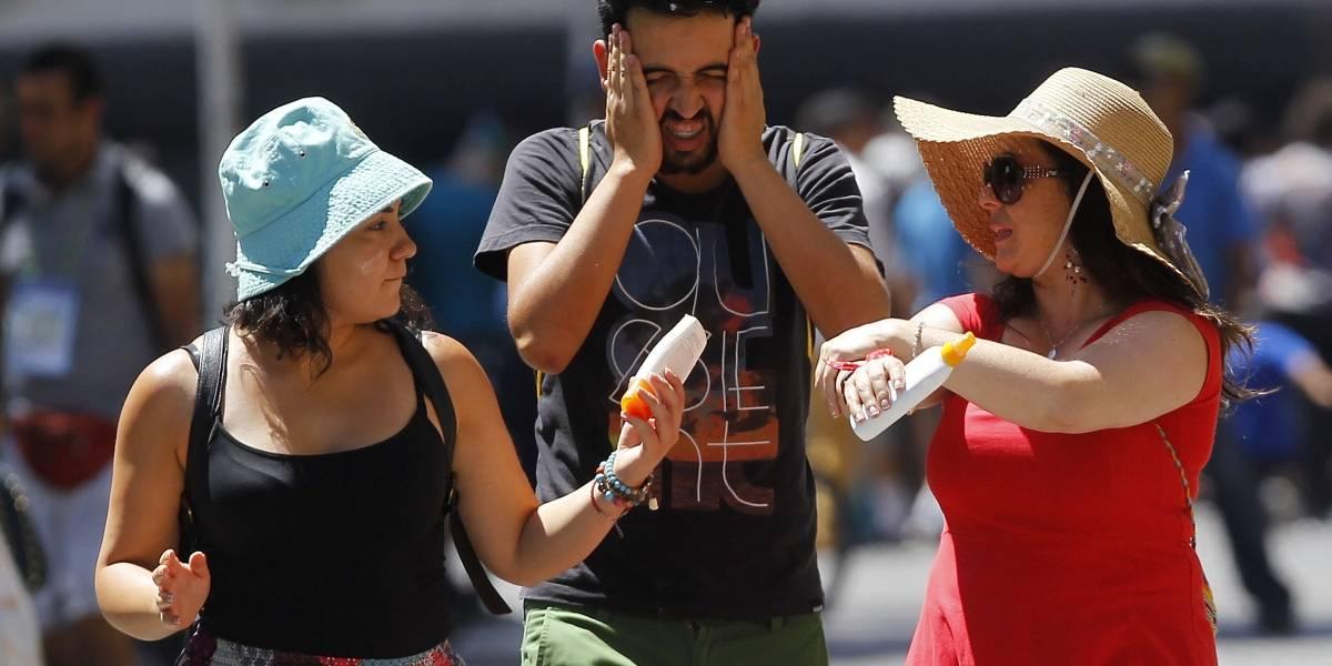"""El fantasma de los 40º acecha Santiago: el """"infierno"""" al que tendrá que adaptarse el centro de Chile por el incremento térmico"""