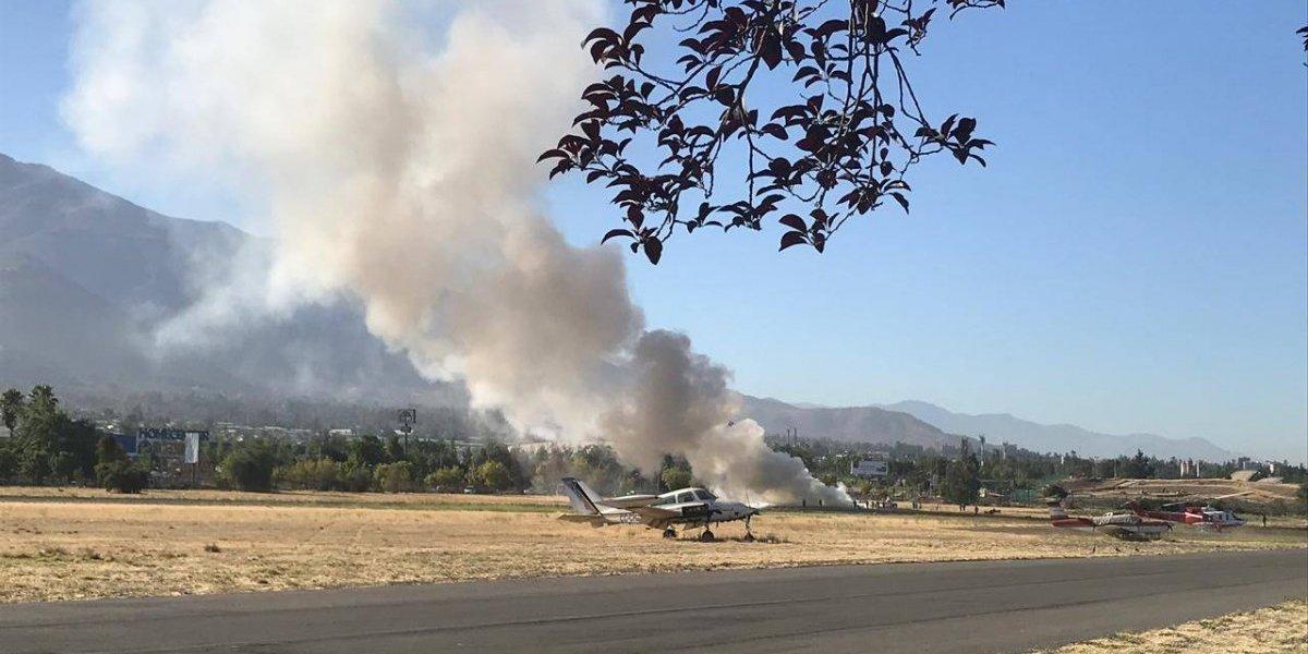 Accidente aéreo en Tobalaba: avioneta capotó en la pista y deja a dos lesionados
