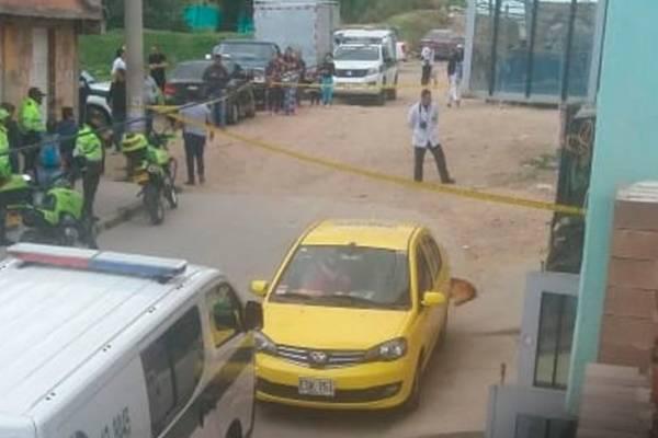 Allanan vivienda donde se armó el carro bomba