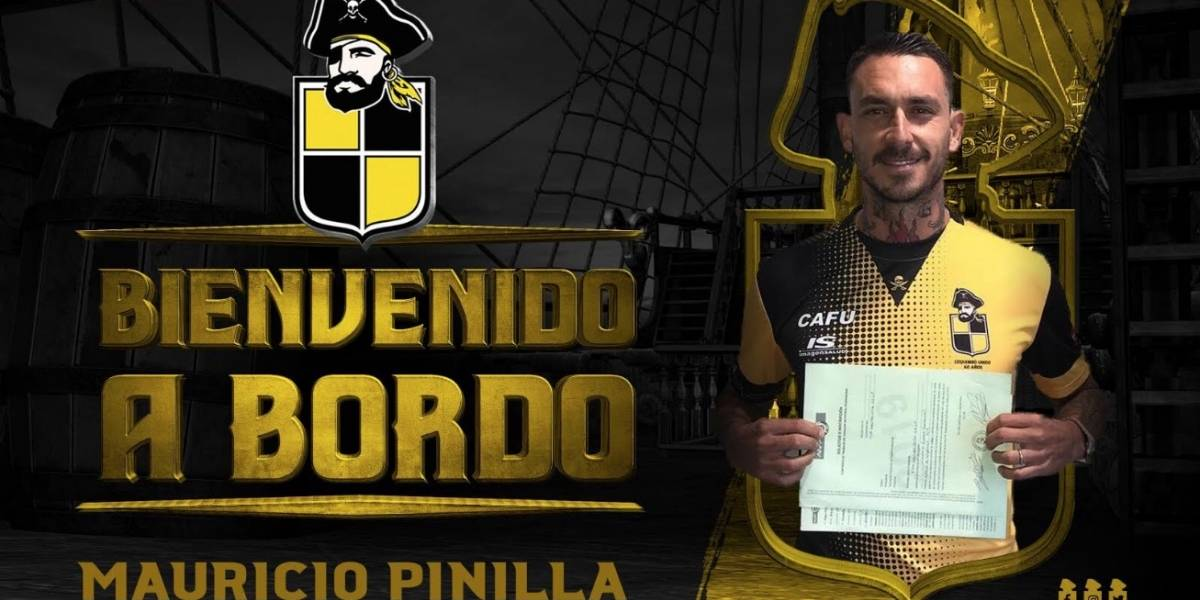 Coquimbo Unido y 13 más: todas las camisetas de Mauricio Pinilla en su carrera