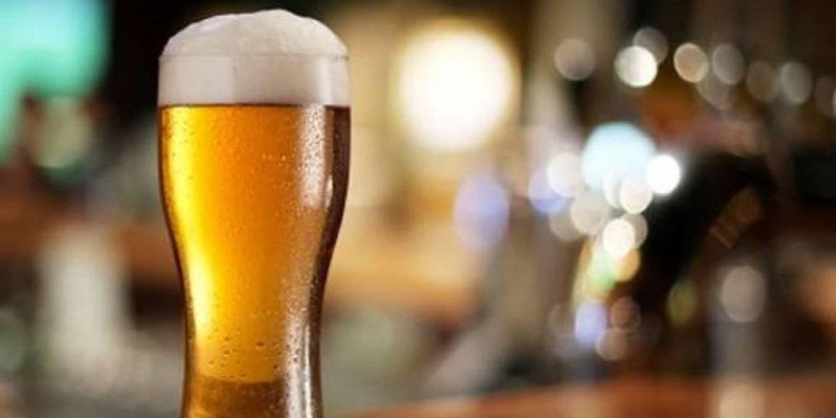 """Director de cervecería dice que la cerveza sin alcohol es """"limonada gay"""" y termina renunciando tras ser catalogados de homofóbicos"""