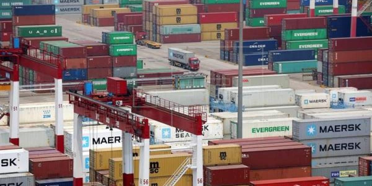 China ofrece elevar sus importaciones de EE.UU un billón dólares, según medios