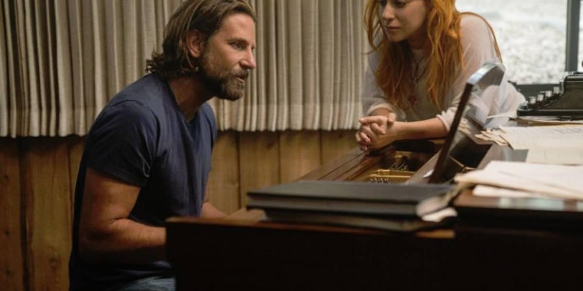"""Lady Gaga y Bradley Cooper finalmente interpretaron """"Shallow"""" juntos"""