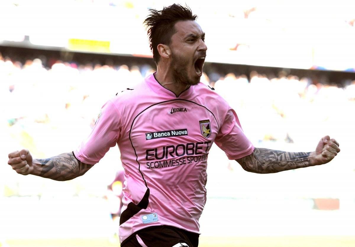 El delantero nacional, Mauricio Pinilla, en su paso por el Palermo de Italia / Getty Images