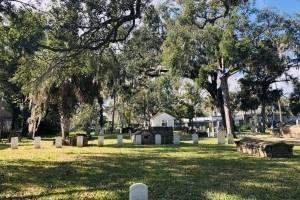 El Cementerio de Tolomato (en inglés: Tolomato Cemetery) es un cementerio católico situado en la calle Córdoba en San Agustín.