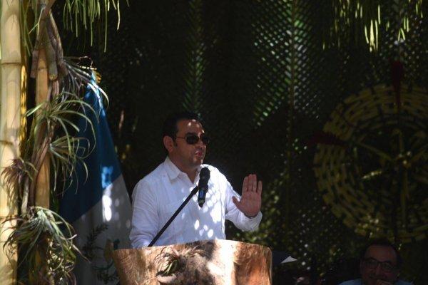 Presidente Jimmy Morales en inauguración de hostal del Irtra en Retalhuleu
