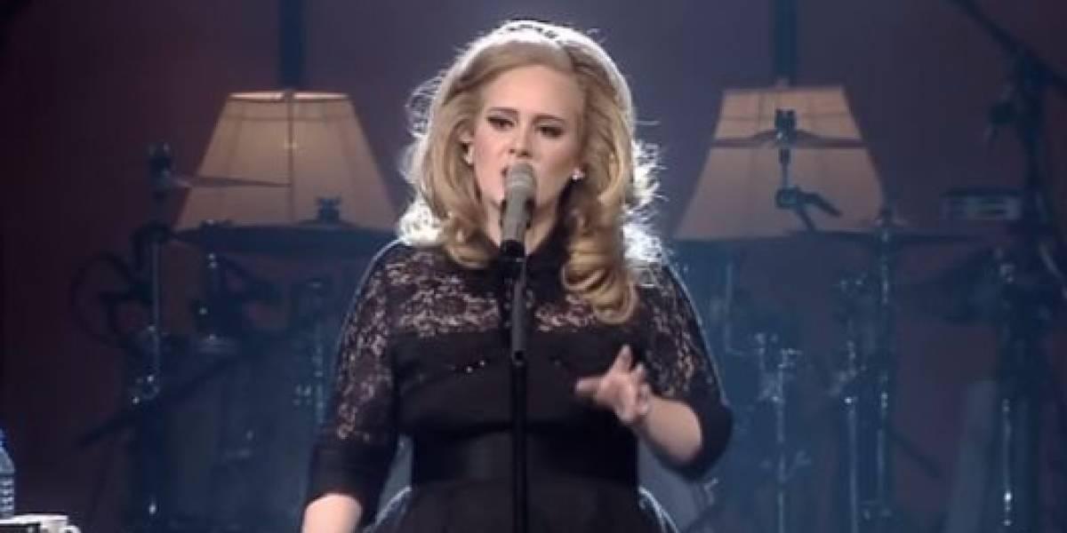 No sólo bajó de peso: Adele sorprende con su rostro totalmente transformado