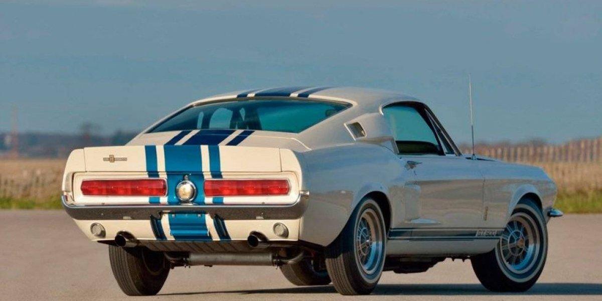 Conheça o Ford Mustang Shelby 1967  Super Snake: O Mustang mais caro da história