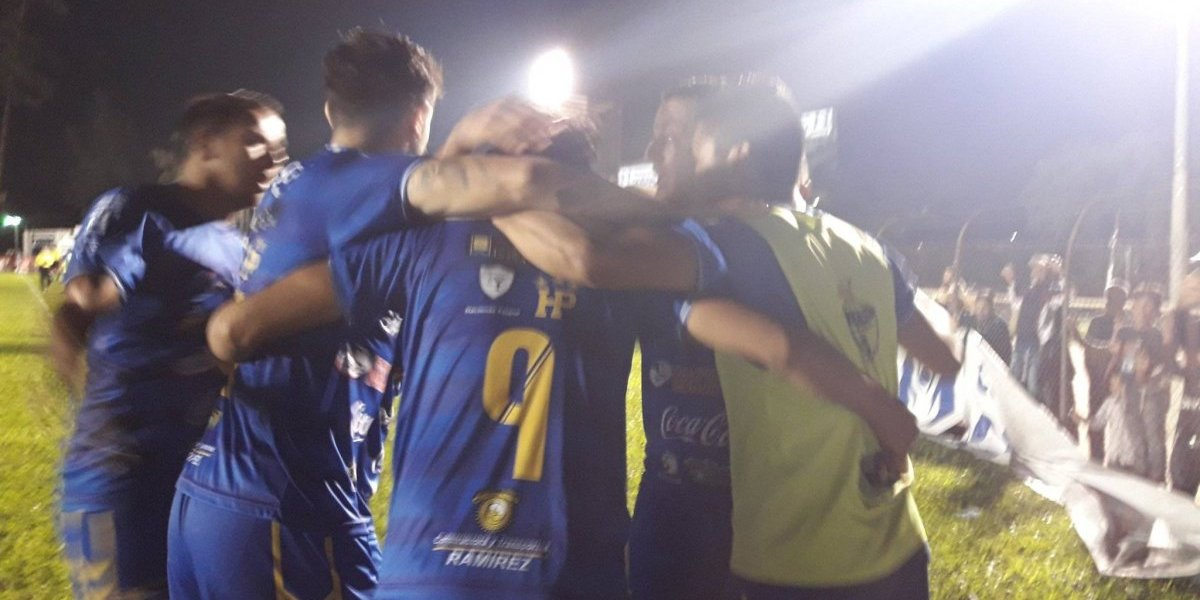 Dos goles en la segunda parte mantienen líder a Cobán Imperial