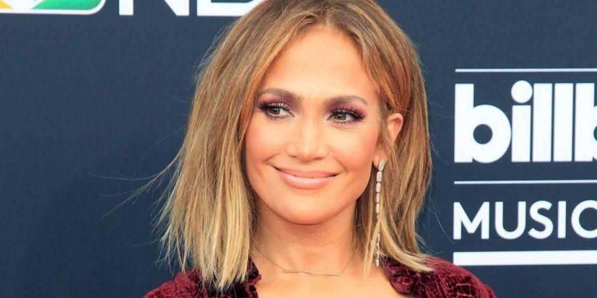 Jennifer López causa conmoción en las redes al mostrar rostro sin maquillaje