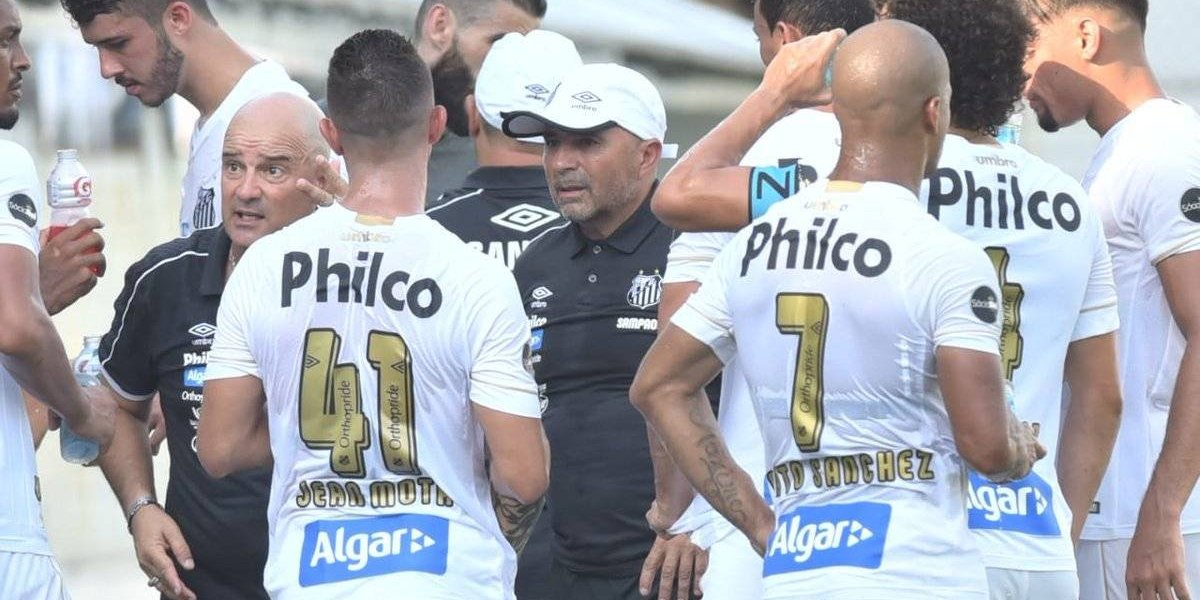 Jorge Sampaoli sufrió para comenzar su ciclo en Santos con una victoria