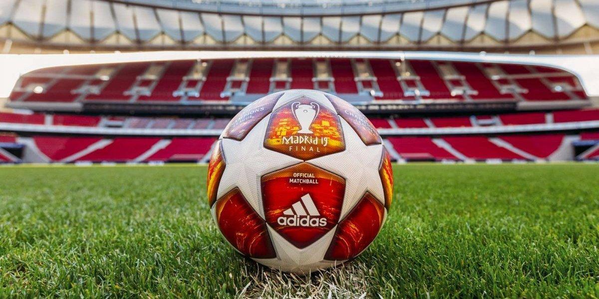 ¡Es hermoso! La UEFA debela el balón con el que se jugará la final de la Champions League
