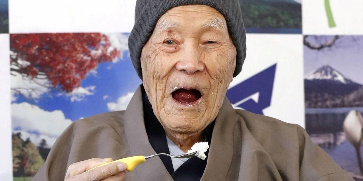Aos 113 anos, morre o homem mais velho do mundo