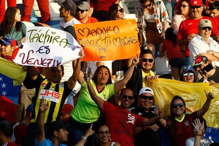 La barra de Venezuela se hizo sentir en Rancagua / Foto: Agencia UNO