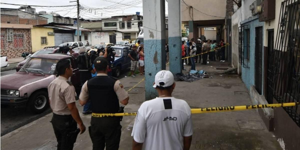 Asesinan a un hombre en el centro Guayaquil