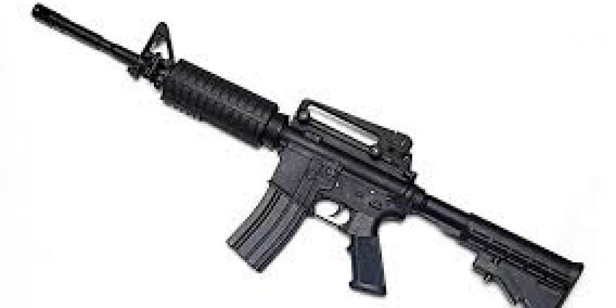 Dictan un año de prisión preventiva contra hombre que robó armamento al Ejército