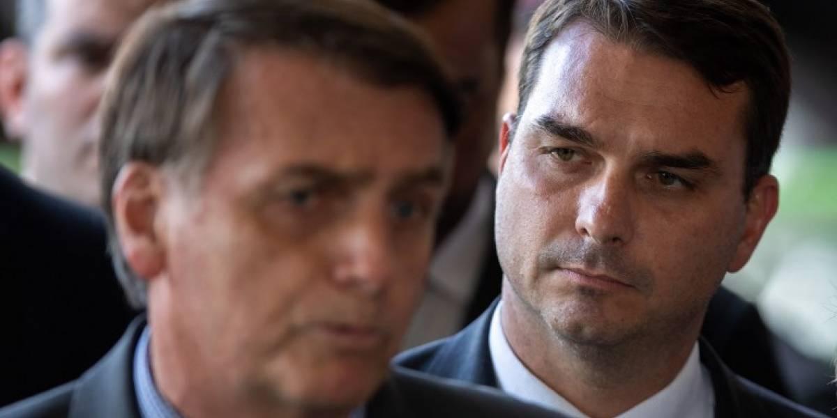"""Hijo de Bolsonaro justifica depósitos """"sospechosos"""""""