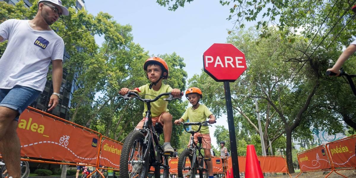 """""""BiciEscuelita"""" ya está rodando: iniciativa busca promover la convivencia vial entre los más pequeños"""