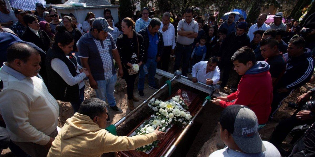 Sube a 89 cifra de muertos por explosión de toma ilegal de gasolina en México