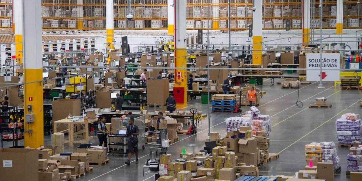 Amazon.com inicia venda direta no Brasil com centro de distribuição na Grande São Paulo