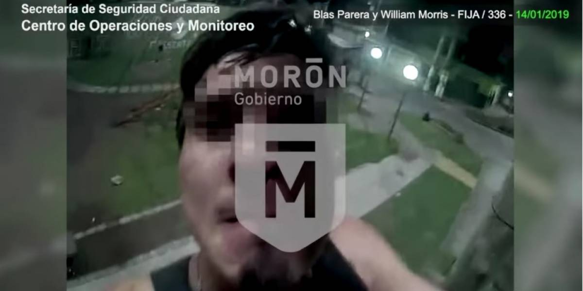 Hizo todo mal: ladrón argentino intenta robar cámara de seguridad que lo estaba grabando y es detenido inmediatamente
