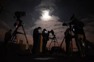 eclipselunarmiraflores4-ab378ef77b0e63a56a75f43c7760eef8.jpg