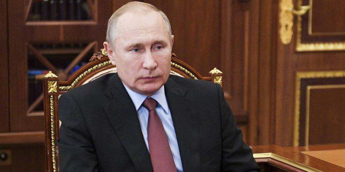 """Putin llama """"locos"""" a los países que apoyan a Guaidó en Venezuela"""