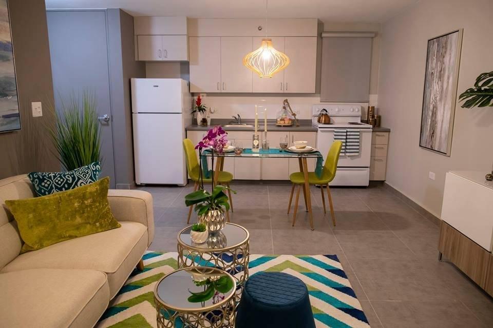 Palacio Dorado tiene un total de 103 unidades de viviendas de una habitación equipadas con estufa, nevera y calentador de agua. Suministrada