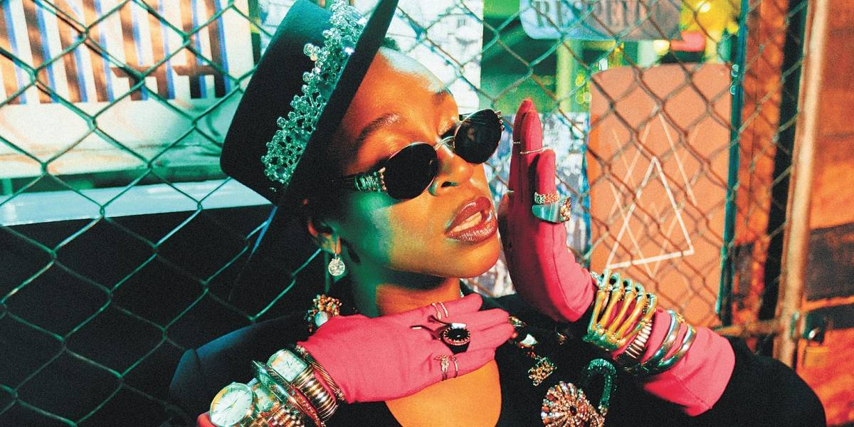 Karol Conká fala sobre cenário atual do rap brasileiro: 'a mulher negra tem que fazer o triplo'