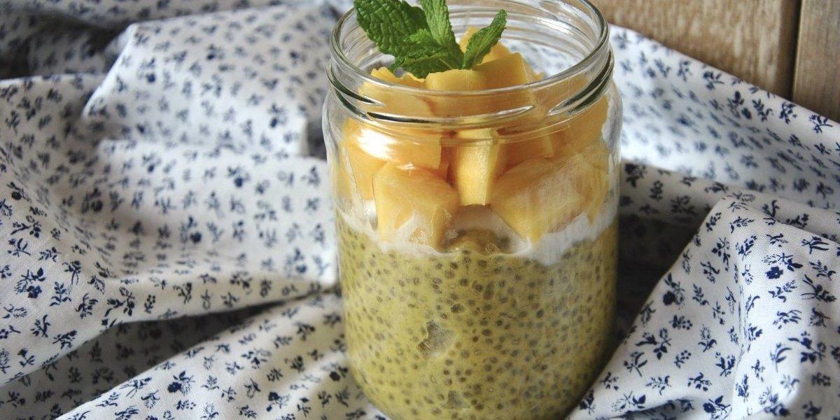 Suco verde detox de chia é uma bebida cheia de nutrientes e ótima para começar o dia; veja a receita