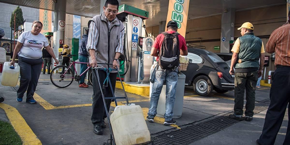 Escasez de gasolina llega al industrial estado mexicano de Nuevo León