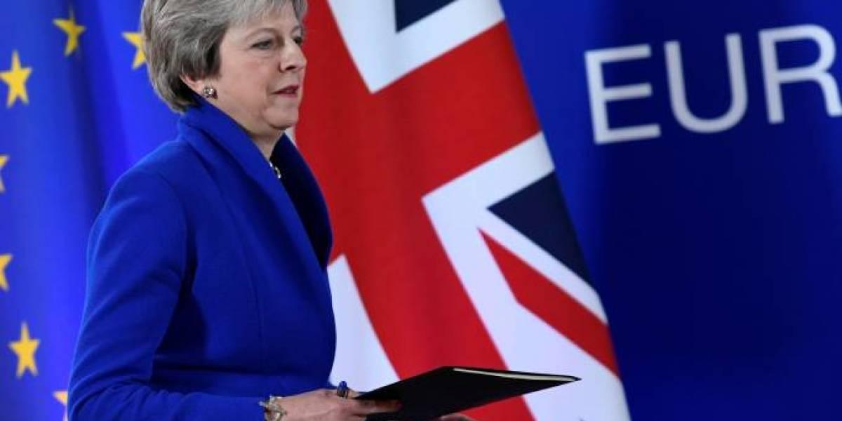 Oposição britânica volta a exigir novo plebiscito sobre Brexit
