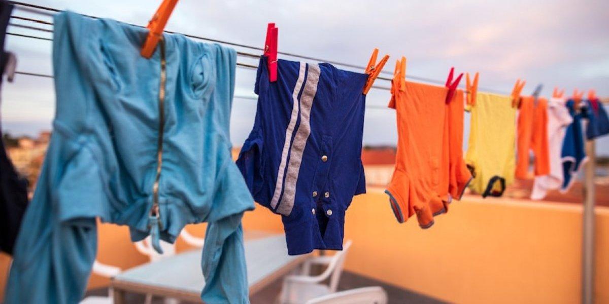 Cómo proteger a tu familia de las bacterias y gérmenes que existen en la ropa