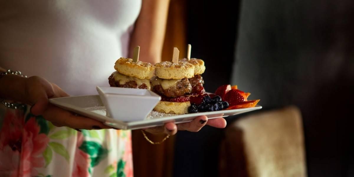 Mezzanine Cocktails & Tapas remoza menú de brunch