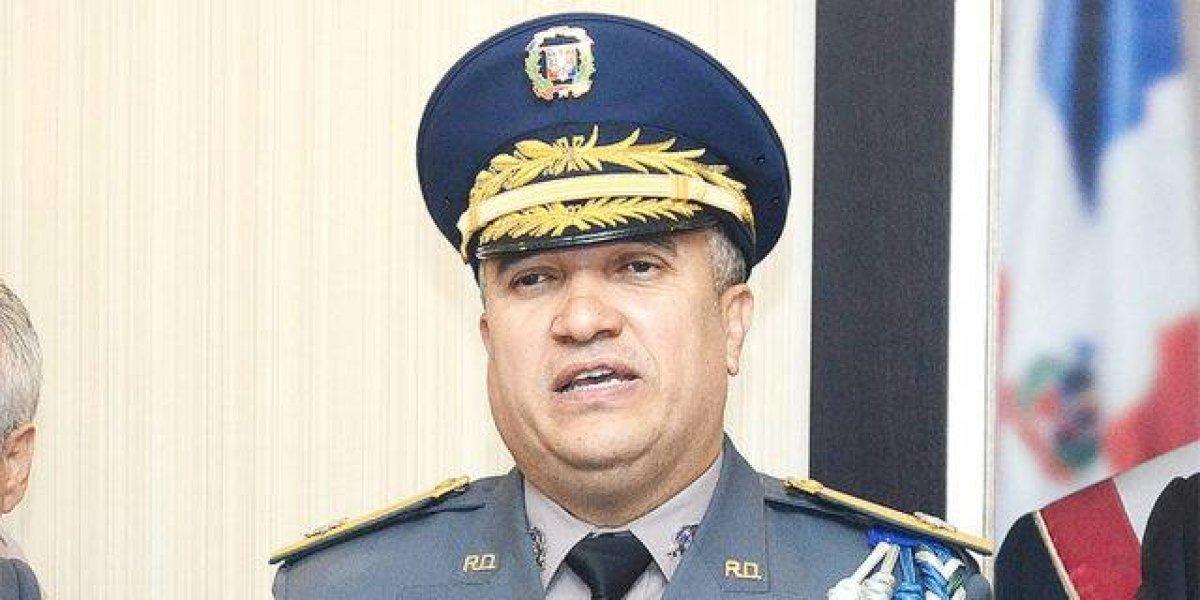 Director Policía responde a Wilton Guerrero; le dice que tiene ojeras de trabajar por el país
