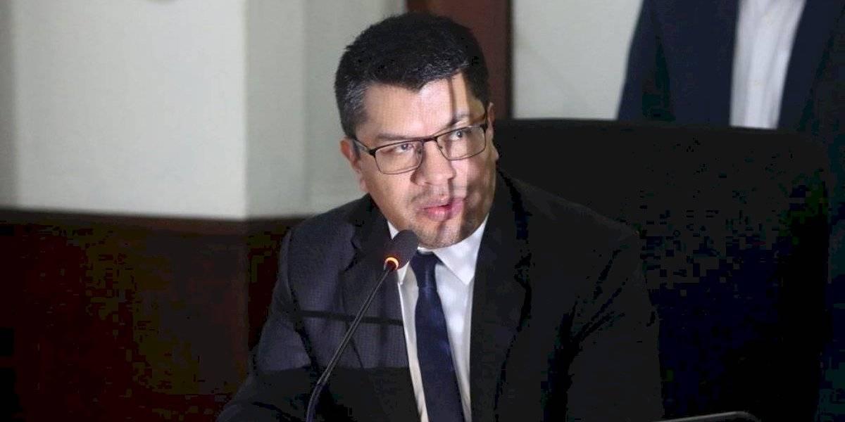 """César Elías confirma que el Contralor General le solicitó su renuncia """"de un día para otro"""""""
