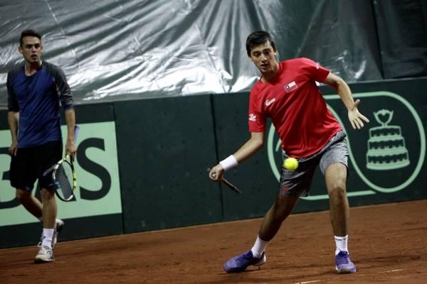 El tenista nacional sigue avanzando en Punta del Este /Imagen: Agencia UNO