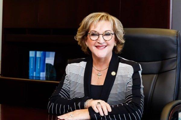 Secretaria de Hacienda, Teresita Fuentes